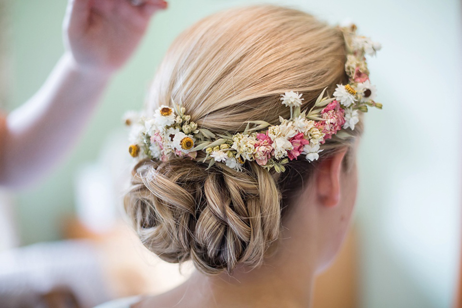 packington moor farm wedding hair and makeup. Black Bedroom Furniture Sets. Home Design Ideas