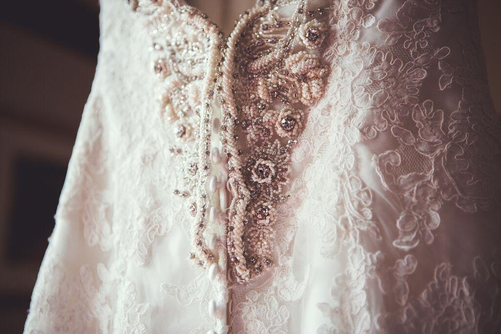 Wedding hair and makeup berkeley castle5