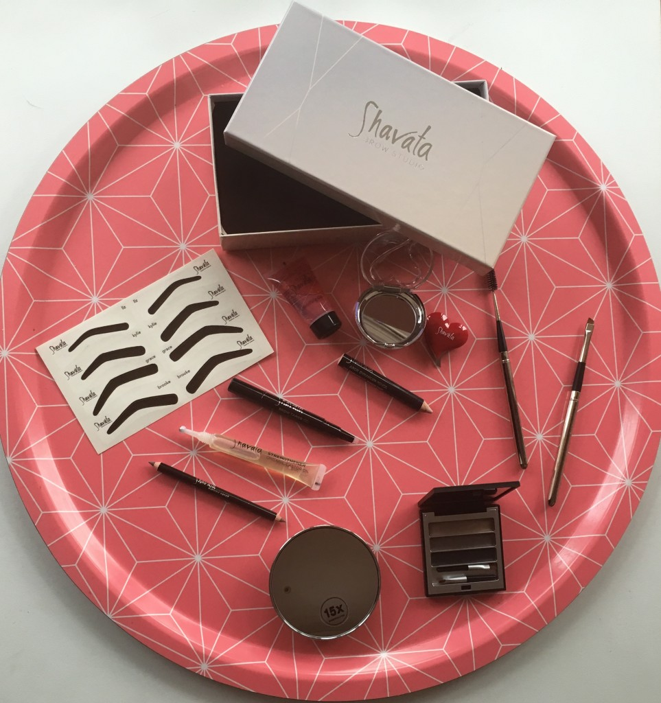 Shavata brow studio brow kit unpacked