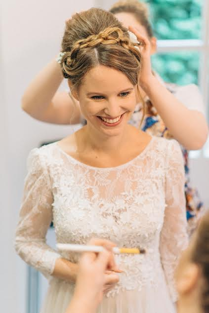 Regines chic wedding hair and makeup Rutland