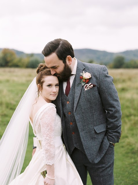 Eastnor Castle wedding hair and makeup7