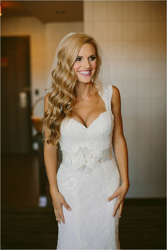 Hair down for brides wedding hair inspiration by jodie team junglespirit Choice Image
