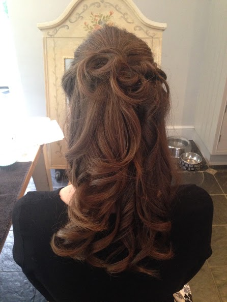 London brunette bridal hair.